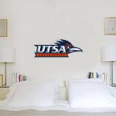1.5 ft x 3 ft Fan WallSkinz-UTSA Roadrunners w/ Head Flat